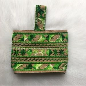Vintage 70s Straw Bag Green Embroidery Geometric